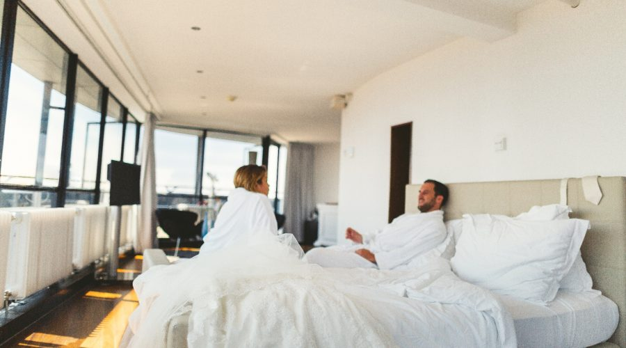 Hotel Euromast suite kingsize bed