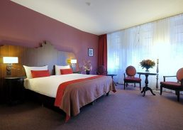 Suite Boutique Hotel Corona Den Haag bed